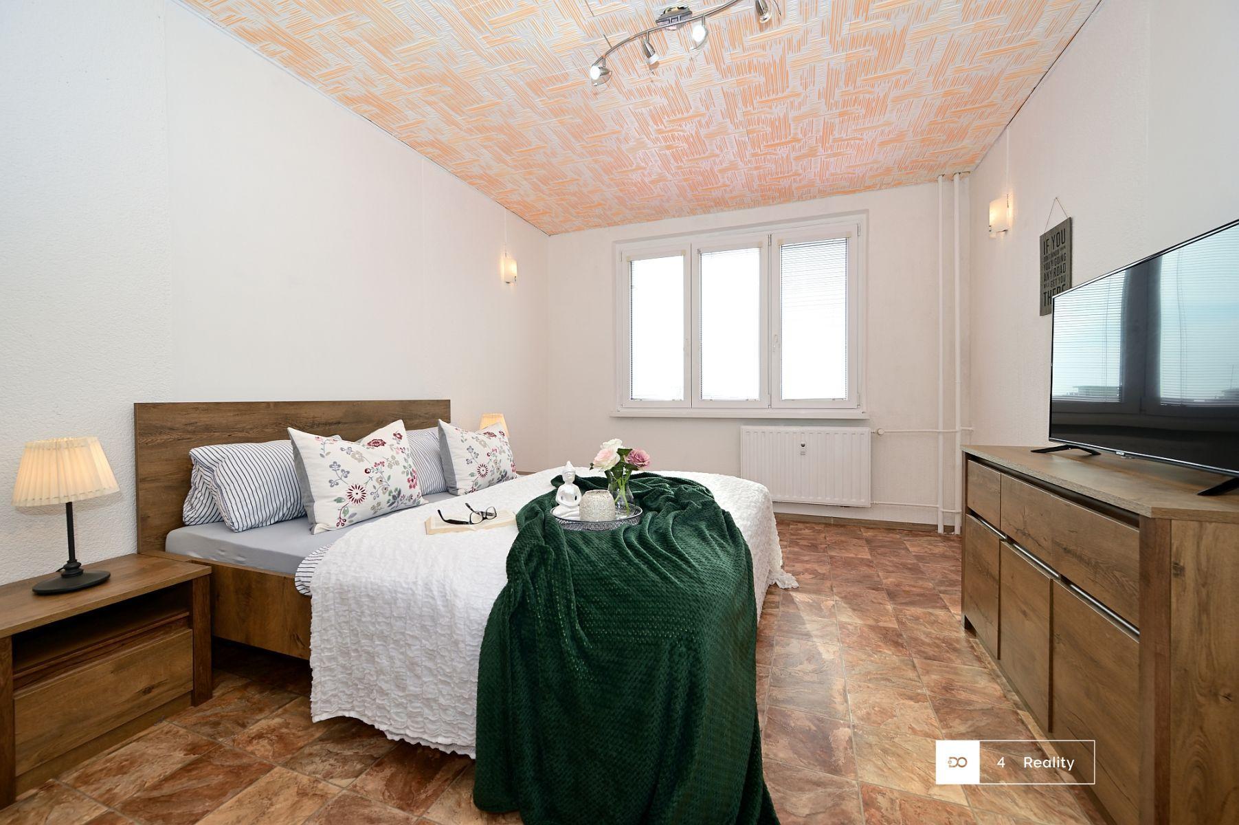 Prodej bytu 2+1, OV, 60 m2, Pod Břízami, Chomutov