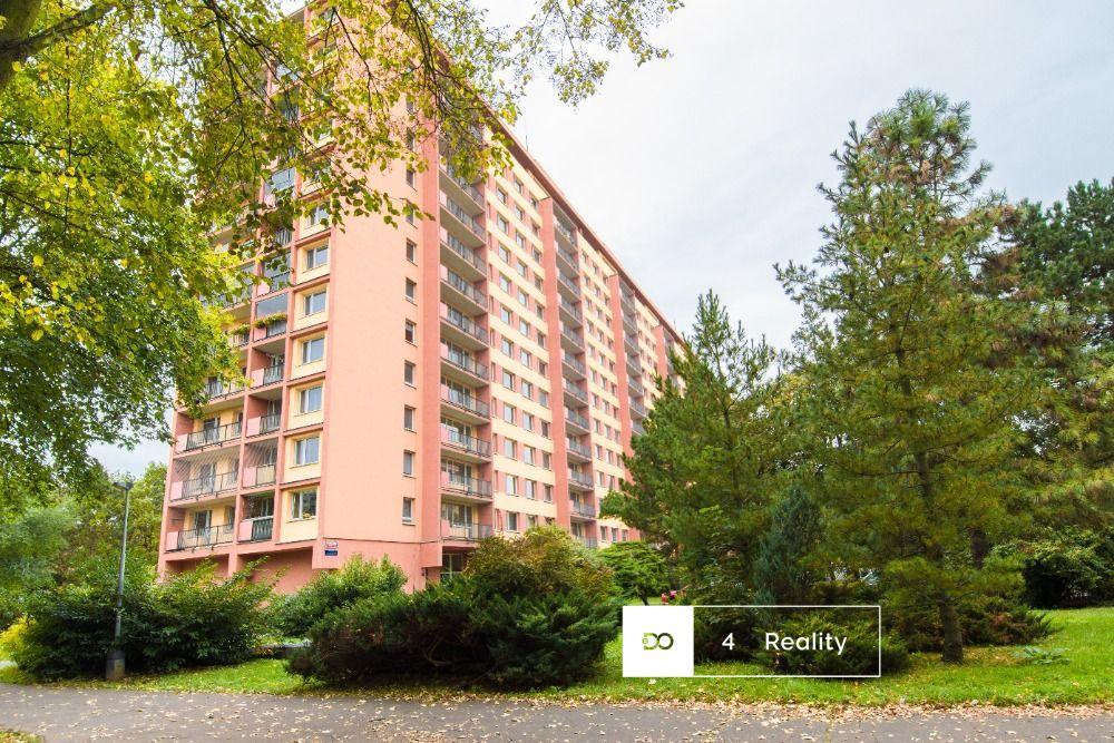 Krásný byt k pronájmu, 3+1/B, 70 m2, 17 000,- Kč, Praha 8 - Famfulíkova
