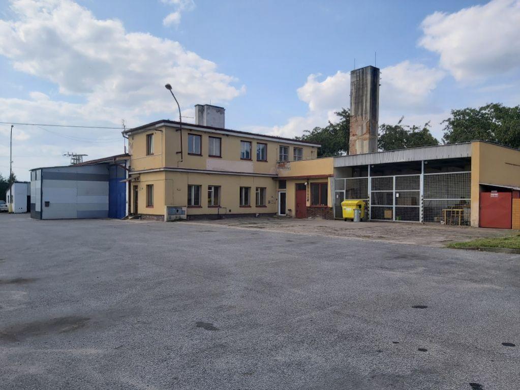 E-aukce víceúčelového areálu, kat. území Sloupno nad Cidlinou, okres Hradec Králové