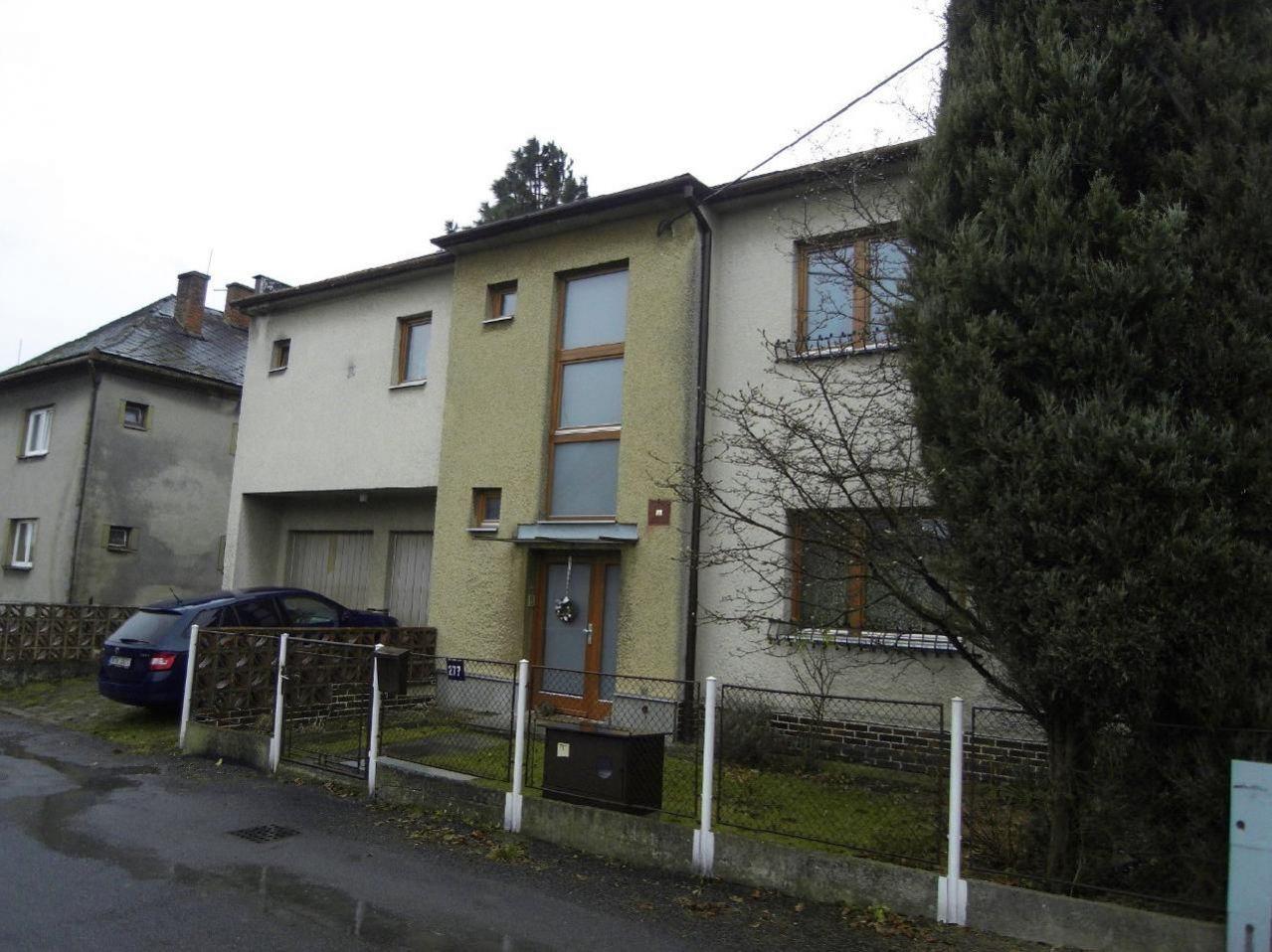 E-aukce rodinného domu, ideální spoluvlastnický podíl o velikosti , kat. území Velká Polom, okres Os