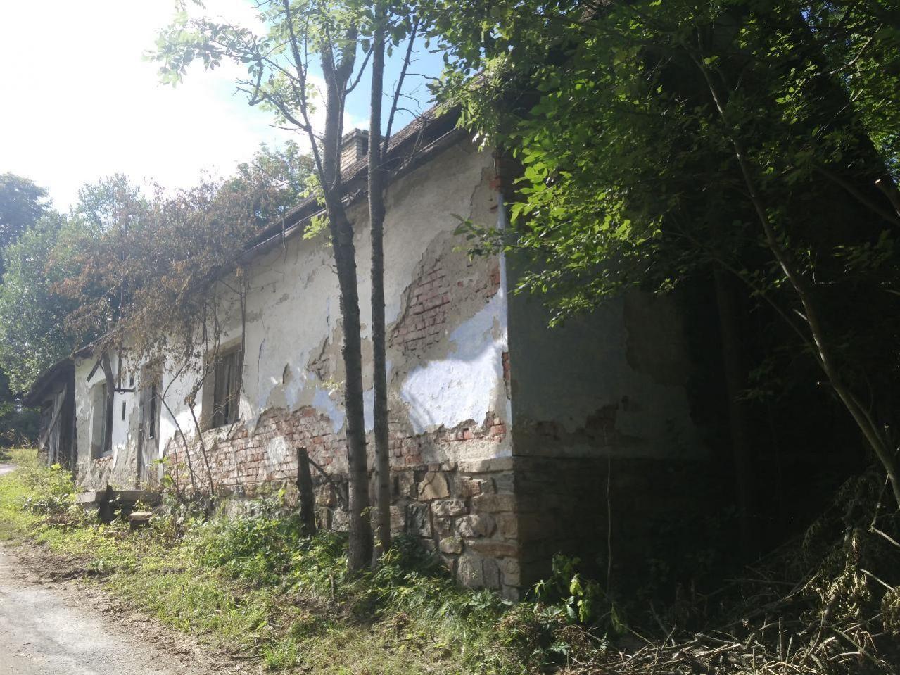 E-aukce rodinného domu, ideální spoluvlastnický podíl 1/2, kat. území Žárová, okres Šumperk