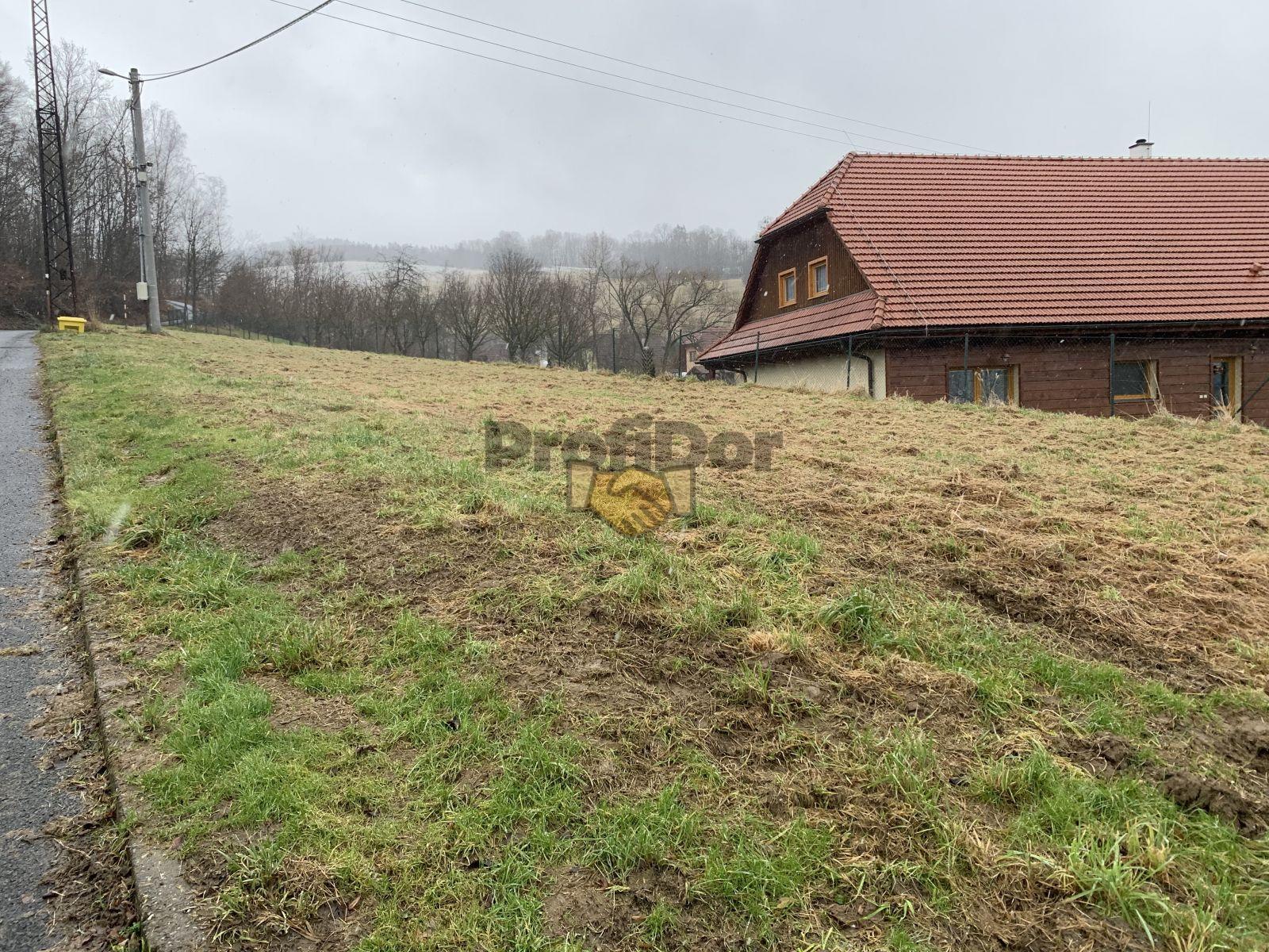 Prodej pozemek pro bydlní CP 1058 m2, Ratiboř, okres Vsetín