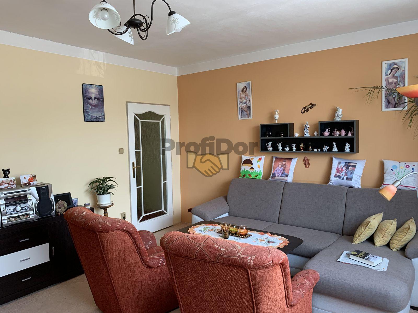 Prodej bytu 3+1 v osobním vlastnictví o CP 74 m2, obec Petrůvka