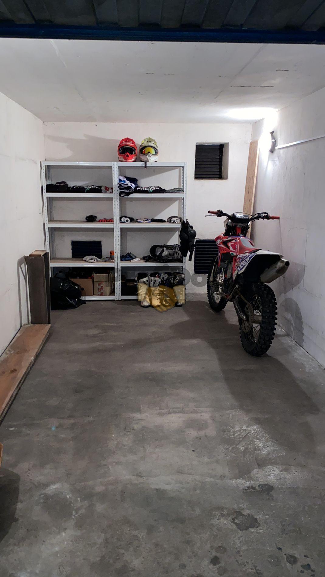 Prodej garáže 19 m2, Zlín, ul. Strážná