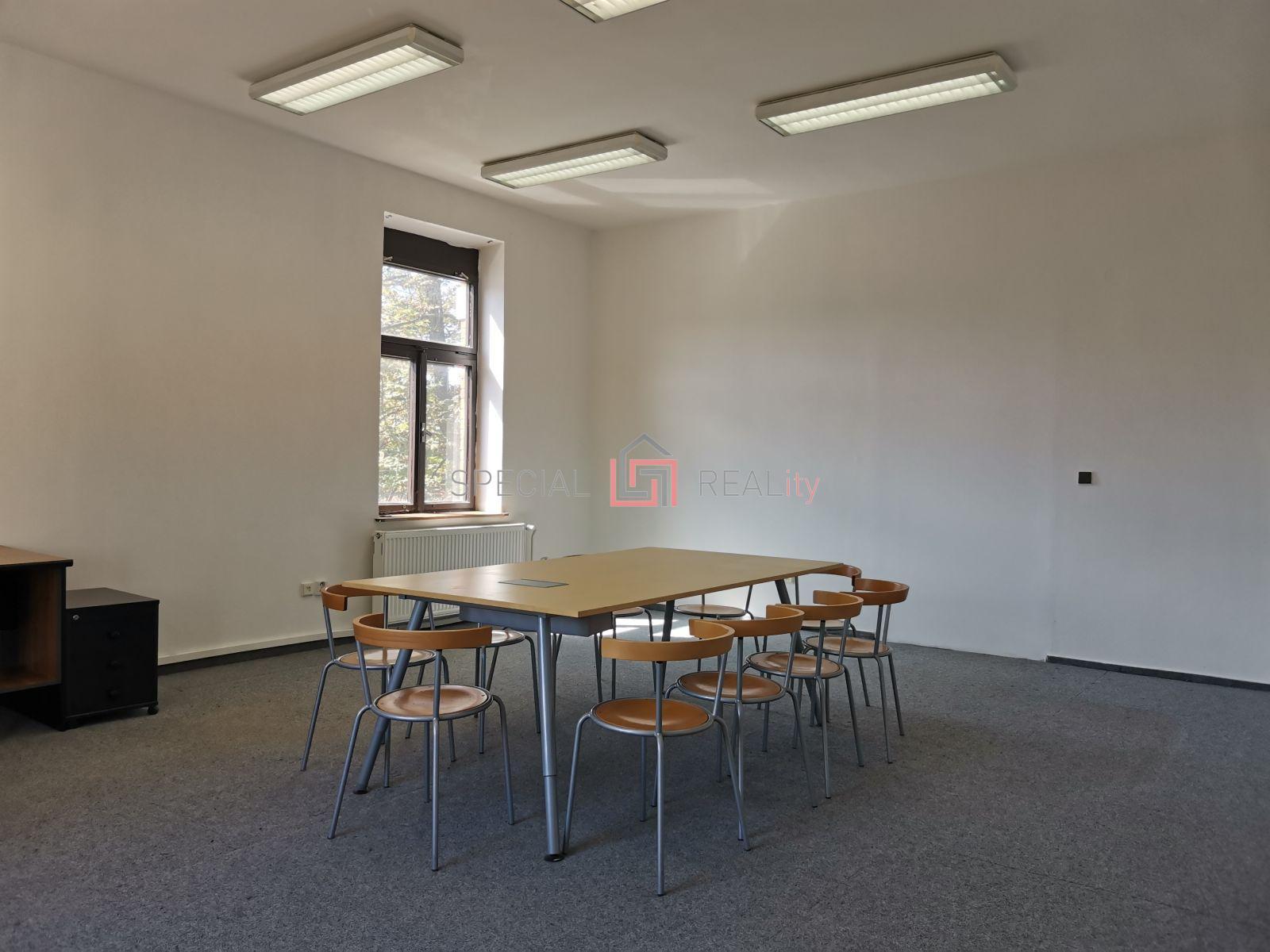 Pronájem kanceláře 48 m, ul. Masná, Moravská Ostrava