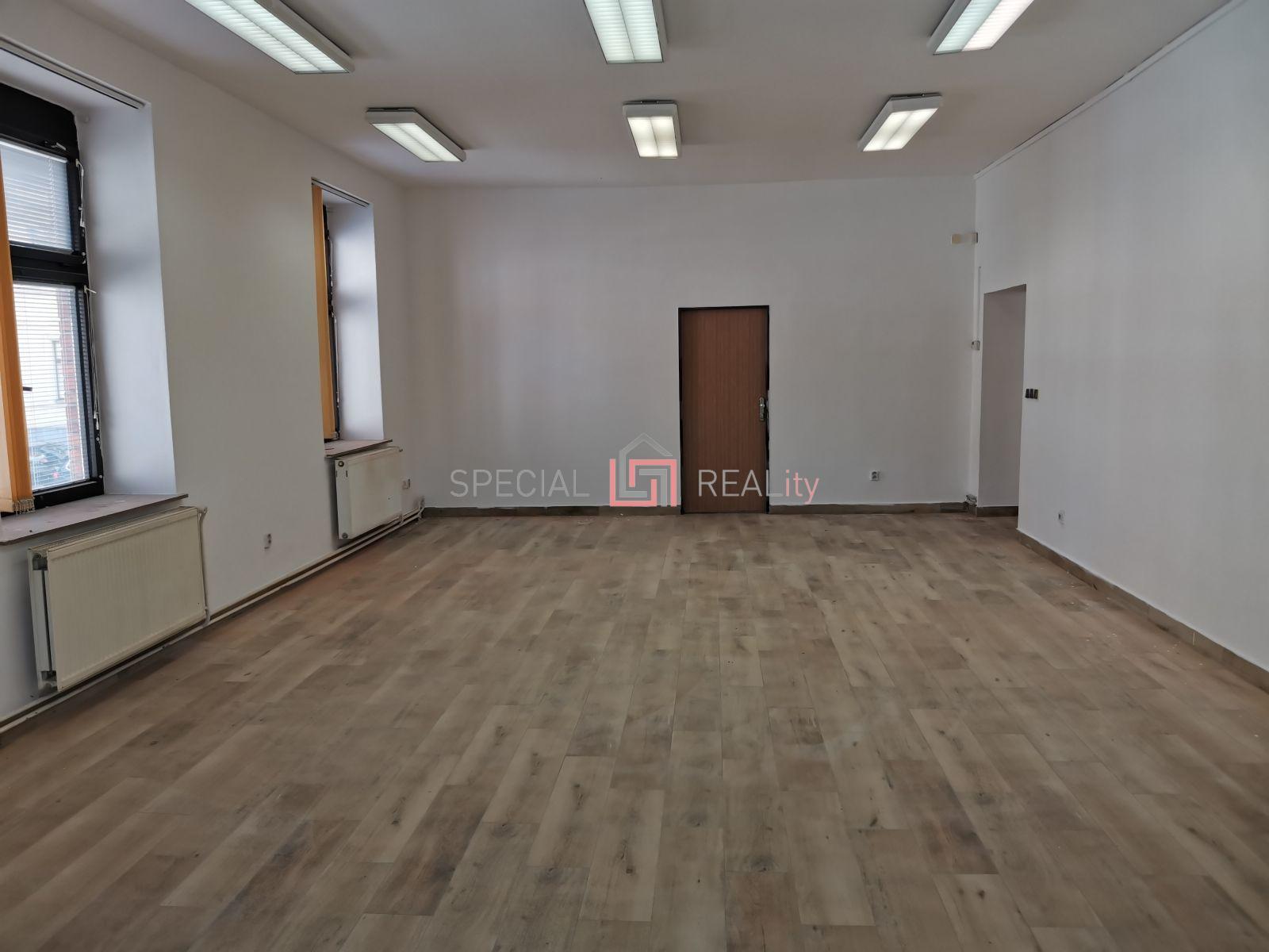 Pronájem kanceláře 63 m, ul. Masná, Moravská Ostrava