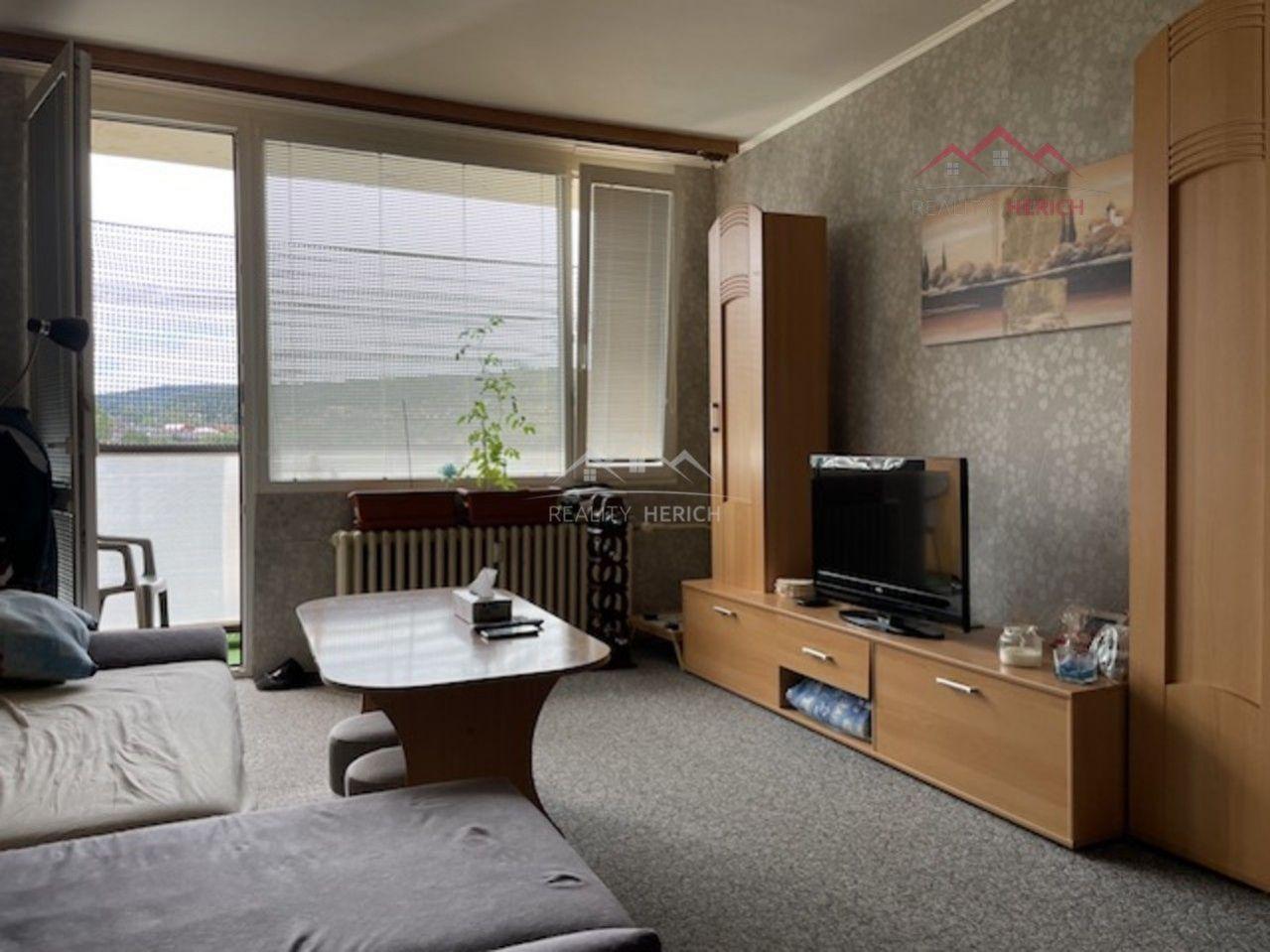 Exkluzivní prodej bytu OV 2+1/L (60 m2) 17. listopadu, Chomutov
