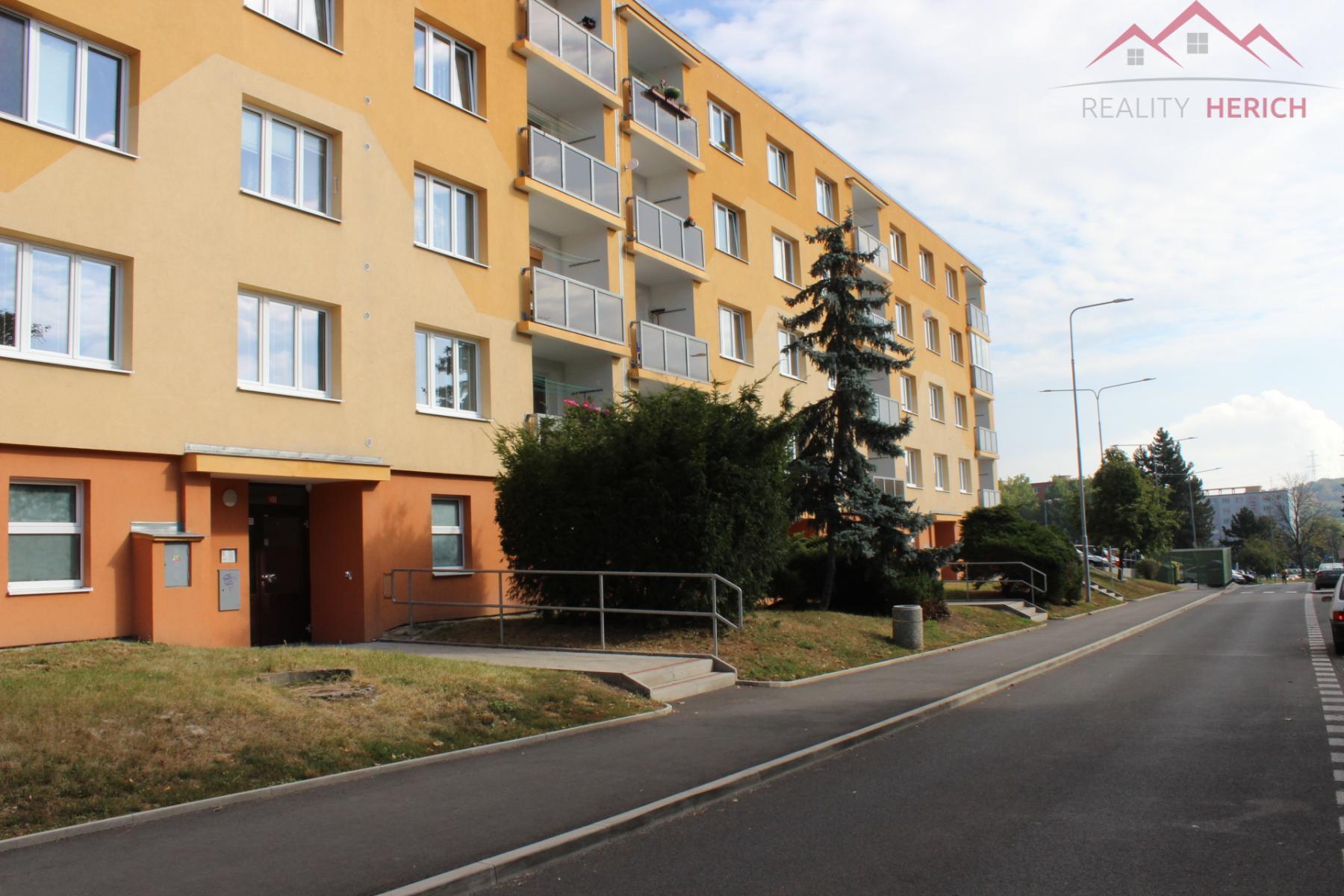 Pronájem bytu 2+1, 61m2, rekonstrukce, Na Podlesí, Kadaň