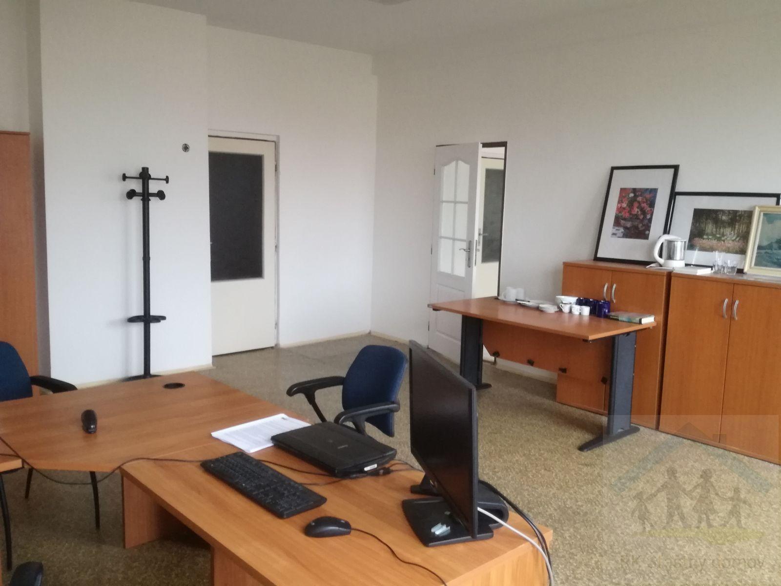 Pronájem kanceláří od 17 m2 do 76 m2 v Pískové Lhotě i jednotlivě