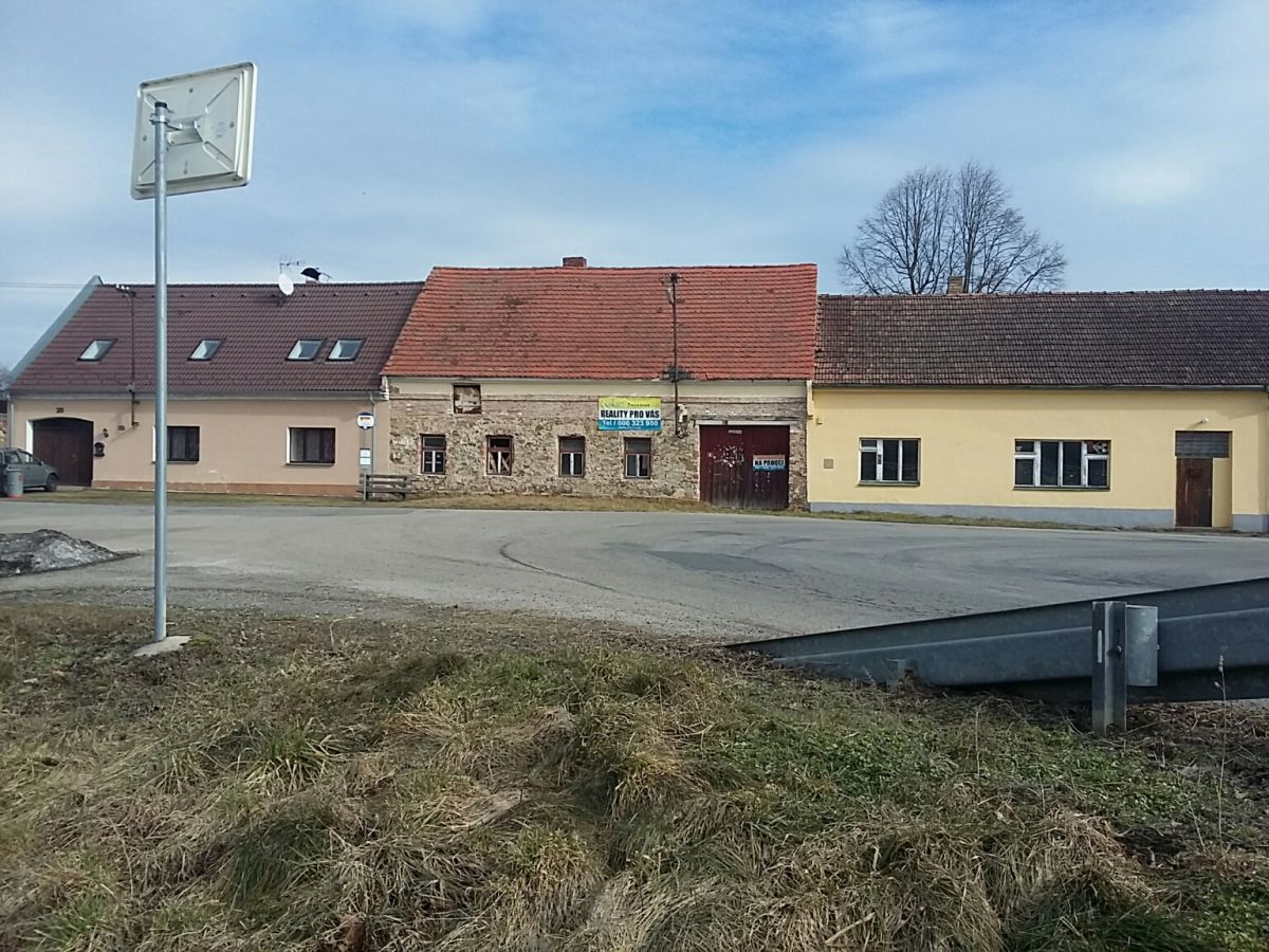 Bavorov - Svinětice, chalupa s uzavřeným dvorem na prodej